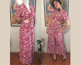 Reserved - DO NOT PURCHASE- 1940s Large Deadstock Cold Rayon Novelty Print Palazzo Pant Set suit 2 pc  - 29waist red floral
