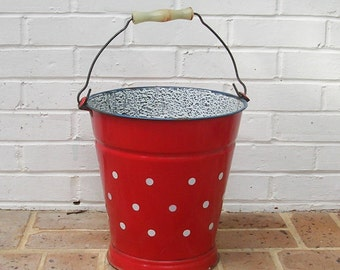 Antique Vintage Porcelain Enamelware Bucket With Handle Antique Vintage Primitive Enamelware Bucket Pail
