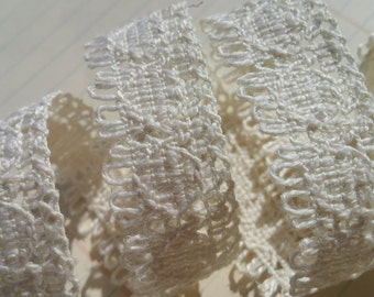 """Cream Cluny Trim - Natural Light Fringe - Crochet Torchon Cluny Lace - 7/8"""" Wide - 5 Yards"""