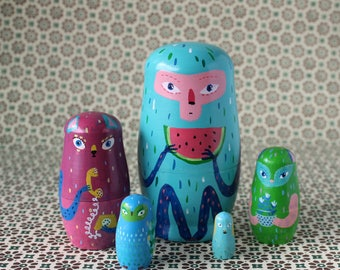 Animals nesting dolls, set of 5 matryoshka dolls, wooden, handpainted
