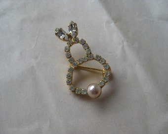 Rabbit Bunny Brooch Pearl Gold Rhinestone Vintage Pin Clear Easter