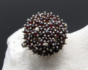 Antique Rose Cut Bohemian Garnet Ring Three Tiers Star Top Vintage Jewelry R7651