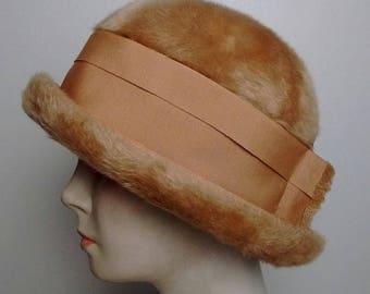 Women's Gold Bowler Hat 1950's vintage - Vincent De Koven Orginal Faux Fur Sz Medium/Large