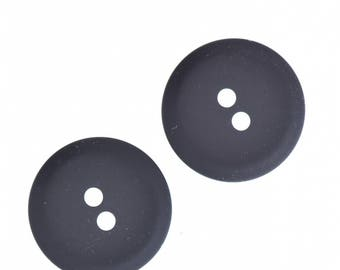 Buttons , 2 hole , 15mm black 24 pcs  per package , PP11