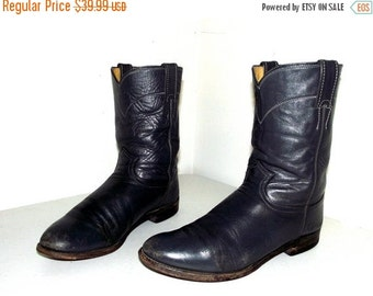 ON SALE Grey Roper style cowboy Boots -- Justin brand size 9 D or cowgirl size 10.5 to 11