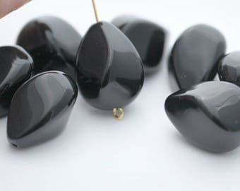 Vintage Lucite Beads Pinched Twisted Black Drop Beads 20mm Deco Teardrop (10)