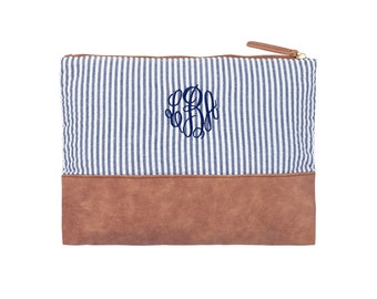 6 Seersucker makeup bags Bridesmaid gifts cosmetic pouches Maid of honor Matron of honor Outer Banks wedding BeachHouseDreamsOBX monogrammed
