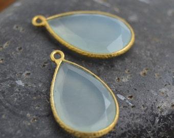 Aqua Chalcedony drop, Bezel AquaChalcedony, Gold Vermeil, Drop pendant -One (1) Piece,  25mm x 14mm MB036