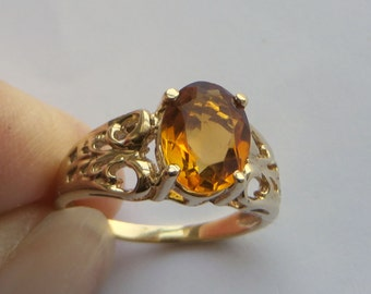 Impressive Golden Citrine Gemstone Filigree Ring, solid 10K Y Gold, size 5.5, free US first class shipping on vintage items