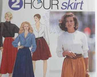Plus Size Simplicity 8069 Misses' Sewing Pattern, 2 Hour Pleated Flared Skirt in 2 Lengths, Elastic Waist, Easy to Sew Size 18 -24 UNCUT