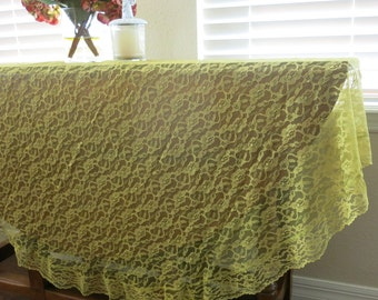 Round Lace Tablecloth Green Vintage 1980s Lace Edge