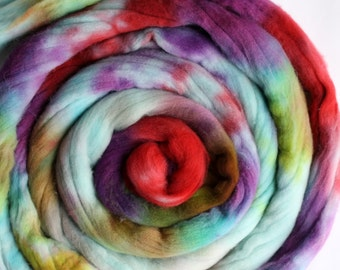 Targhee Wool Roving - Hand Painted Top - Hand Dyed for Spinning or Felting - 4oz - Swirl