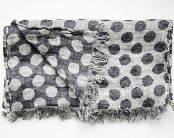 100% LINEN Polka Dot Scarf. Grey & Black Polka Dot Pure Linen Scarf Man / Woman. Mens Linen Scarves. Unisex Flax Scarf. Spring Trends