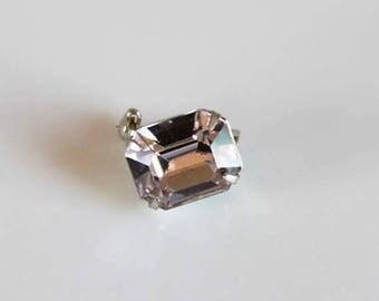 SALE vintage pink rhinestone lapel pin / 1950s rhinestone brooch / prong setting in silver tone