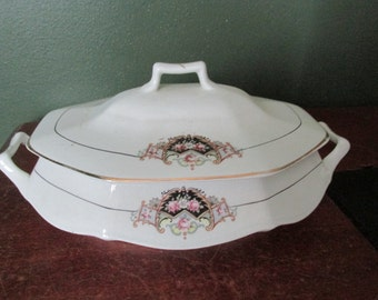 Edward Knowles Hostess Serving Dish with Lid Soup Tureen