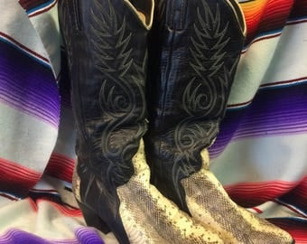 7.5 womens Acme snake vintage Cowboy boots