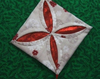 White and  Red Cathedral Window Quilted Christmas Ornament 409