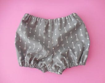 Gray with white arrows baby toddler diaper covers bloomers bubble shorts