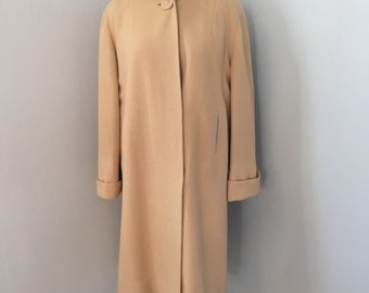 1950s-60s cashmere coat with satin lining. Medium. Mid Century woman's camel colored coat.
