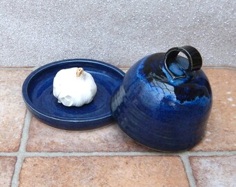Garlic roaster baker or butter dish hand thrown stoneware ceramic pottery