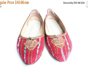 SPRING SALE Pointed Toe Flats, Ballerina Flats, Flat Shoes 7, Woven Fabric Shoes, Ikat Kilim, 70s Slip On Loafers Flats 37, US 6.5, 7, Prepp