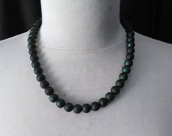 Retro dark green  beads necklace ready to ship