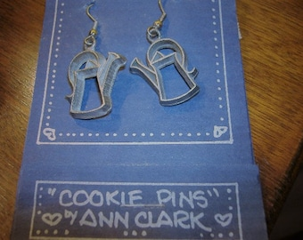 NOS Unused Ann Clark Pewter Cookie Pin Cookie Cutter Earrings. Watering Cans. Made in VT. On original card w/ recipe.