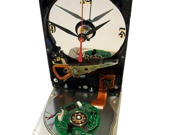 Hard Drive Clock with Apple Mouse Puck Circuit Board Accent. Amazing Clock. FREE SHIPPING USA!