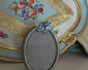 Vintage Jewelry Picture Frame