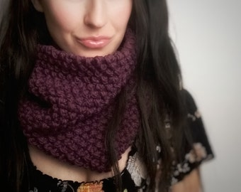 Thick Chunky Knit Plum Cowl***READY TO SHIP***