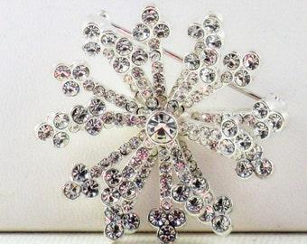 Vintage Silver Tone Clear Rhinestone Snowflake Brooch Pin (B-2-6)