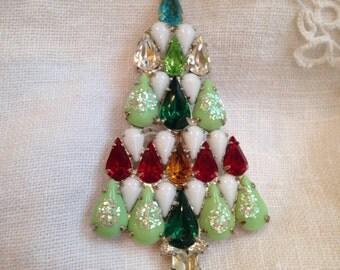 Rhinestone Milk Glass Christmas Tree Brooch