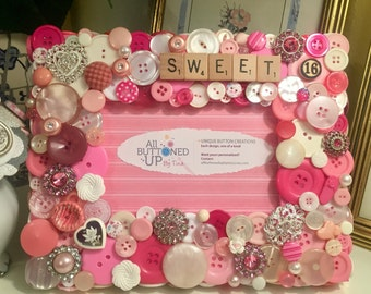 SWEET 16 Button Frame in Pink and White ~ Teen Girl Gift ~ Birthday Gift ~ Girls Bedroom ~ Shabby Chic ~ Gift for Sweet 16 ~ for 4x6 Photo