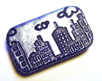 Metal Pill Box City Skyline Black and Silver Perfect unisex gift  Small size slide top tin ideal for pocket or purse Free velvet gift pouch