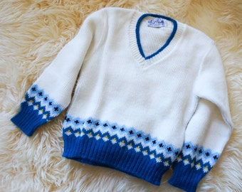 "Vintage 1960s Boys Size 3-4 Pickwick Knit Pullover Sweater / chest 24"" length 14"" / Acrylic Blue White Knit Retro Mid Century Childrens Wear"