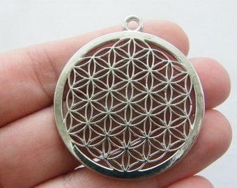 1 Flower of life charm silver tone M90