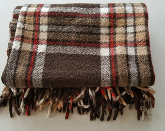 FARIBO Fringed Throw/ Stadium Blanket in Brown, White and Red.