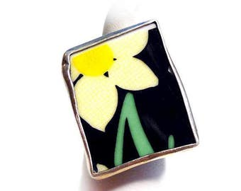 Hand-Made Narcissus Flower Ring, Recycled Porcelain and 925 Sterling Silver