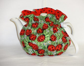 2 Cup Pretty Lady Bugs & Daisies Reversbile Teapot Cozy