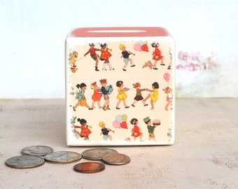 It's A PArty Wood Bank, Money Box, Wood, Money Bank, Children, Kids, money, Coin Box,Tirelire,Kids, Yellow Chevron, Modern Baby, Handmade