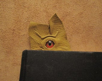 Grichels leather bookmark - yellow-green with red and yellow bird eye