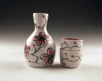 Porcelain Sake Set - Hand Painted Red and White Sake Set - Sake Bottle and Cups - Red and White Sake Set - Wedding Registry - Gift - Sushi