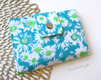 Handmade women wallet - small and slim - Small white daisies - daisy on turquoise - ID clear pocket - ready to ship - gifts ideas for her