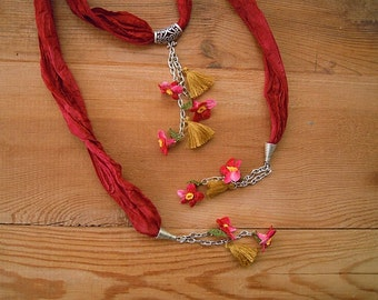 Dark red lariat necklace, crochet flower, turkish oya