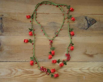 red lariat necklace, crochet tulip