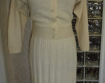 Vintage 50s 1950s Kimberly Knitwear Suit Ivory Beaded Pearl Button Sweater Skirt Boucle Wool S Small