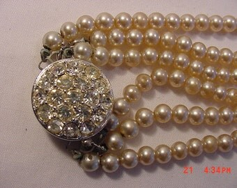 Vintage Sarah Coventry Faux Pearl 3 Strand Necklace  16 - 644