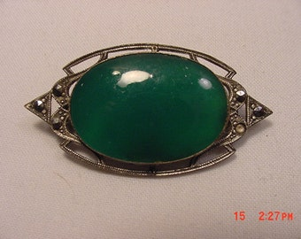 Vintage Green Glass Marcasite Brooch  17 - 162