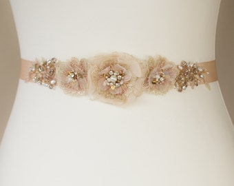 Bridal belt, wedding belt, Rose Gold waist sash, Blush sash, rose gold belt sash, Floral bridal sash, wedding belt, Wedding sash belt