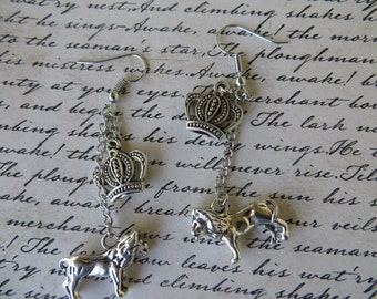 Royal Lions And Crowns Dangling Charm Earrings